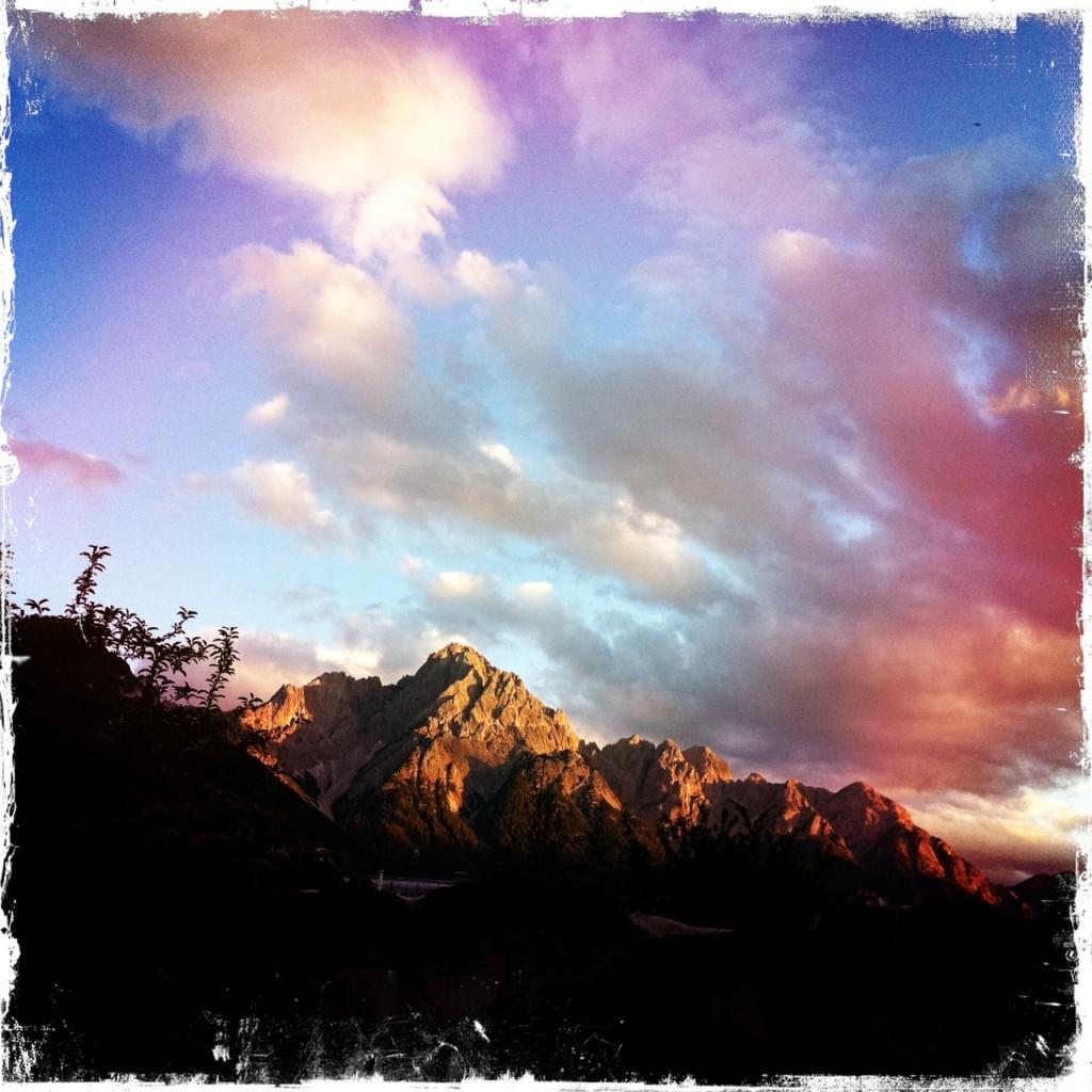 Die Dolomiten in Lienz beim Sonnenuntergang